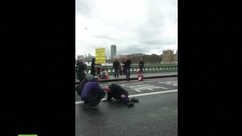 Verletzte auf der Westminister Brücke nach Terrorangriff in London.