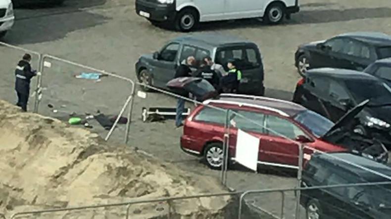 Video: Polizisten am Einsatzort in Antwerpen nach vereiteltem Anschlag