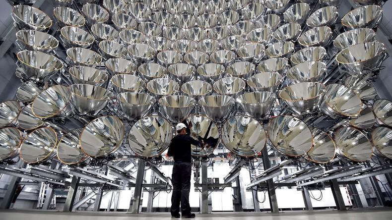 Deutsche Wissenschaftler entwickeln Lichtanlage, die so stark wie 10.000 Sonnen scheint