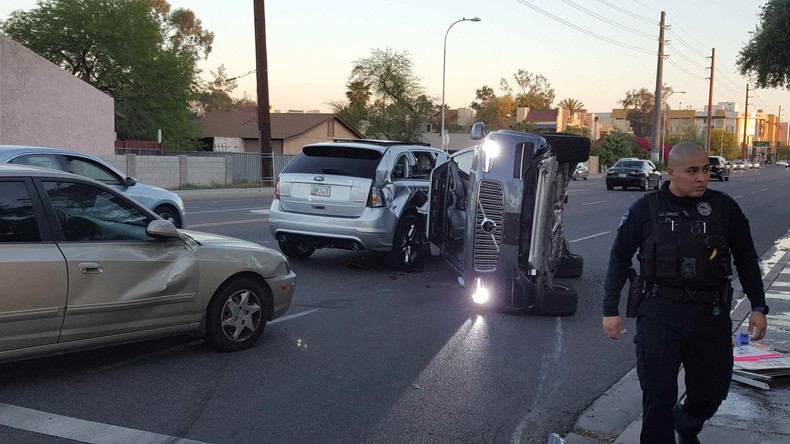 Uber testet nach PKW-Zusammenstoß in Arizona vorübergehend keine autonomen Autos mehr