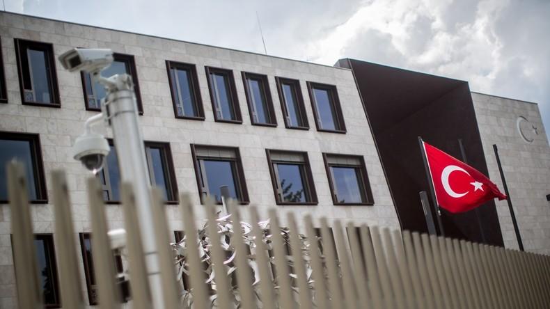 Türken in Deutschland stimmen ab heute über Verfassungsreform ab