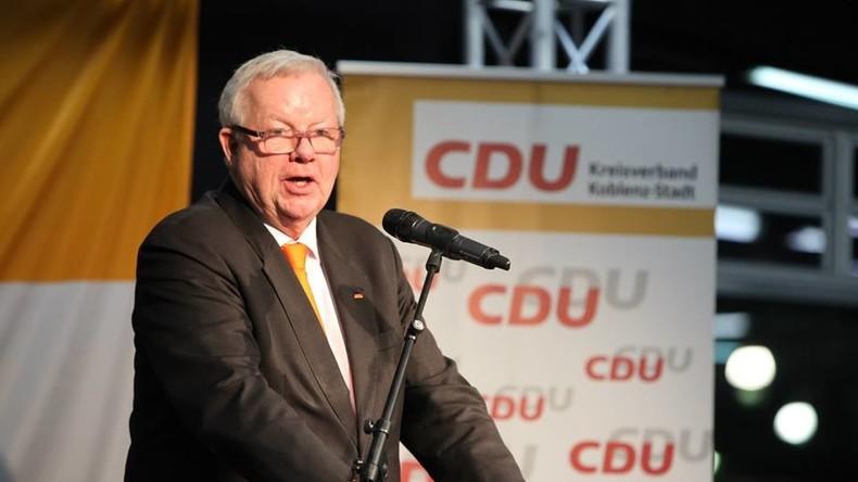 Grätsche des Tages: CDU-Politiker Michael Fuchs fordert Boykott der WM 2018 in Russland