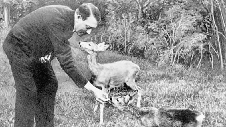 Rare Archivfotos werfen Licht auf das Alter Ego von Adolf Hitler
