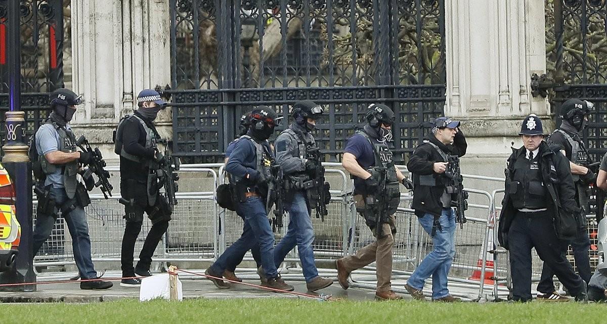 Angriff vor britischem Parlament: Polizei spricht von islamistischem Terrorakt - 4 Tote [Live]