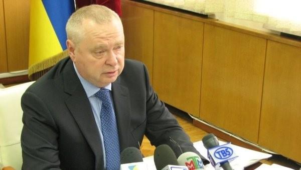 Aleksandr Pekluschenko, ehemaliger Rada-Abgeordneter der Partei der Regionen und Gouverneur der Oblast Saporischschja. Pekluschenko starb am 12. März 2015. Offizielle Todesursache: Selbstmord durch Schusswaffe.
