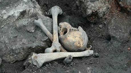 Massengrab aus Zweitem Weltkrieg auf Baustelle in Kaliningrad entdeckt
