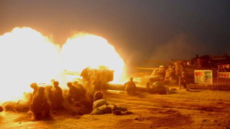 Artillerieeinheit der Koreanischen Volksarmee bei einer Militärübung