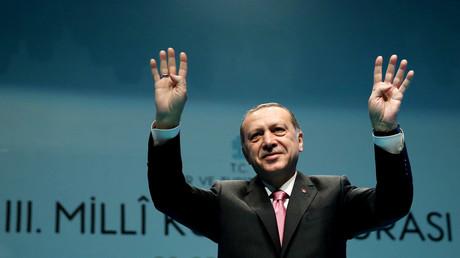 Auftritte des türkischen Spitzenpolitikers Recep Tayyip Erdoğan in Deutschland beschäftigen die Politik hierzulande schon seit längerem.