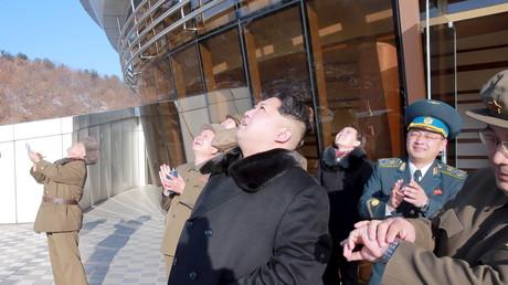 Kim Jong-Un beobachtet den Start einer Langstreckenrakete; 7. Februar 2016.