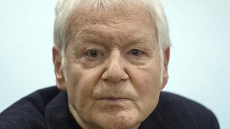 Anton Schlecker im Stuttgarter Gerichtssaal