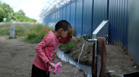 Asylsuchende können in Ungarn nicht vorbei und bleiben in Transitzonen