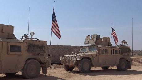 US-Militärfahrzeuge in Manbidsch.