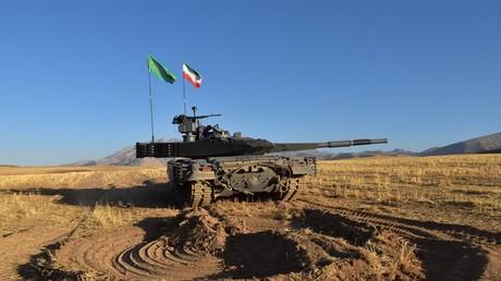 Iran präsentiert Panzer aus eigener Produktion