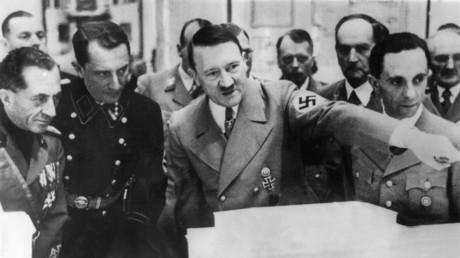 Hitlers Gemälde bei Ausstellung in Italien vorgestellt