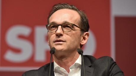 Bundesjustizminister Maas stellt Gesetz gegen Hass und Fake im Netz vor