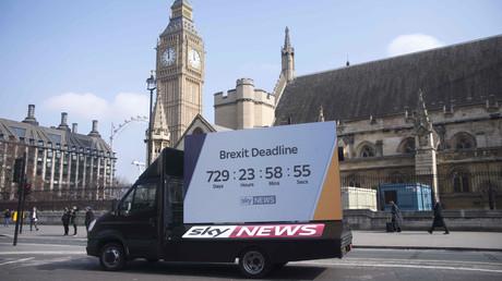 Downing Street: Brexit geht offiziell am 29. März los