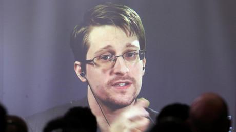Edward Snowden per Videokonferenz an der Universität in Buenos Aires, Argentinien, 14. November 2016.
