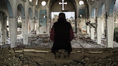 Die Baathisten im Irak und in Syrien unterwarfen die christlichen Gemeinden den gleichen Restriktionen wie alle anderen religiösen Gruppen. Wo sie an Einfluss verloren, hatten islamische Extremisten freie Bahn, Christen zu töten und zu vertreiben.  © Sputnik/Waleri Melnikow