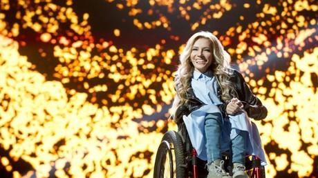 Die russische ESC-Kandidatin Julia Samoilova sitzt seit ihrer Kindheit im Rollstuhl.