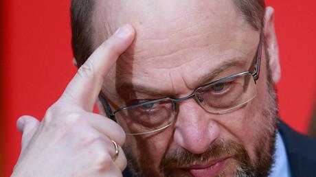 Trotz der aufheiternden Worte war dem SPD-Spitzenkandidaten die Enttäuschung anzusehen.