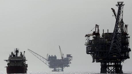 Israelische Gasplattform vor der Küstenstadt Aschdod im westlichen Mittelmeer; Israel, 25. Februar 2013.