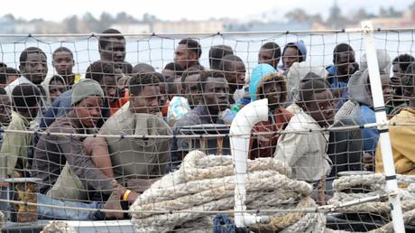 Gerettete Flüchtlinge kommen an der sizilianischen Küste an; Italien, 5. März 2017.