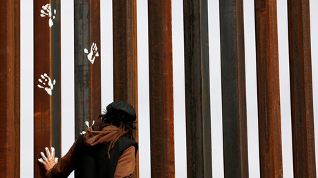 Laut US-Heimatschutzminister John Kelly könnte die Mauer an der Grenze zu Mexiko in zwei Jahren stehen.