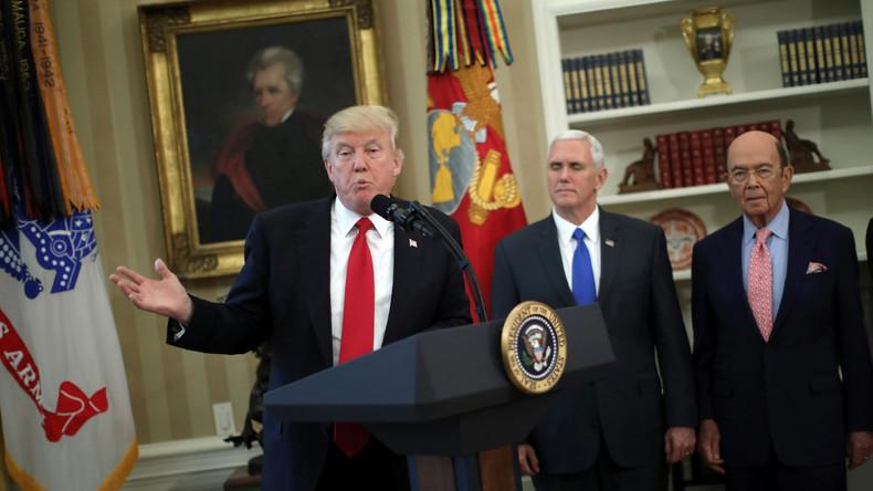Donald Trump unterzeichnet Erlasse zur Wiederbelebung der US-Industrie