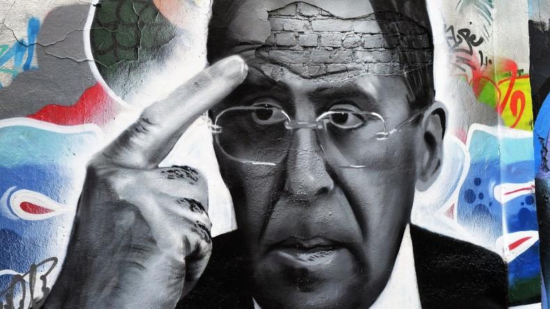 Graffiti mit Sergej Lawrow in Moskau