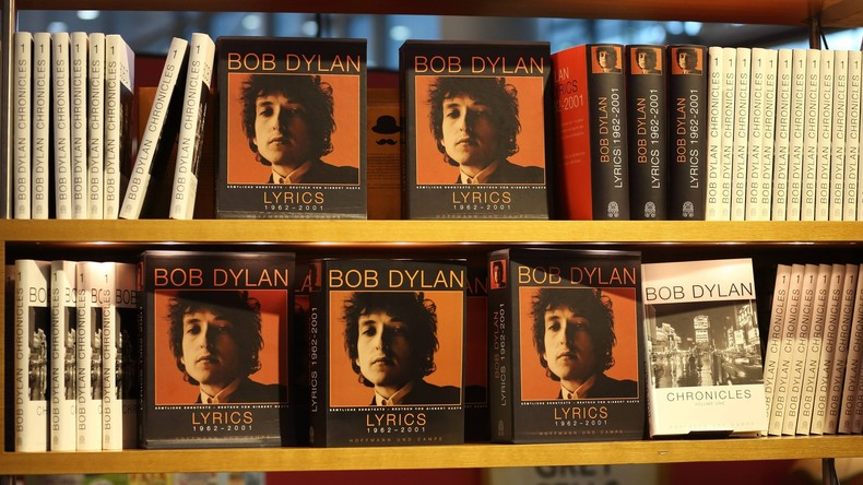 Bob Dylan holt Literaturnobelpreis vor Konzert in Stockholm ab