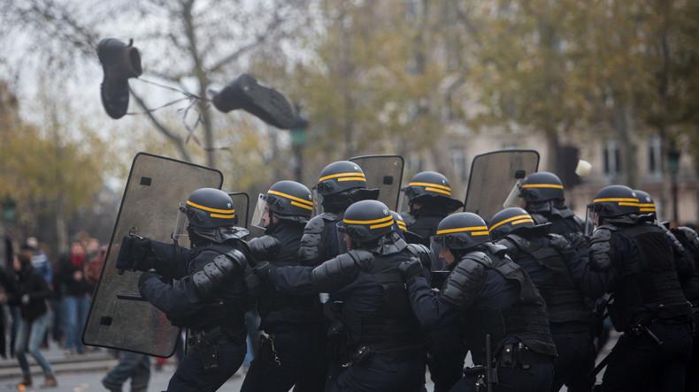Live: Schwere Zusammenstöße in Paris - Demo gegen Polizeigewalt eskaliert
