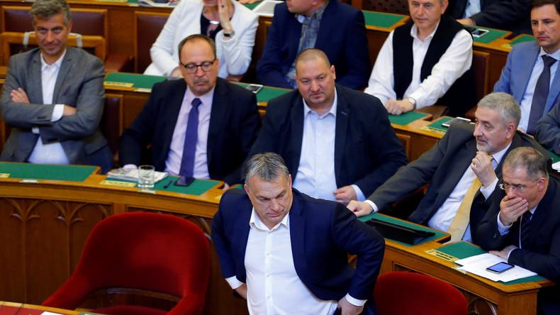 """Im Eilverfahren: Orbán bringt Gesetz gegen """"Soros-Uni"""" durchs Parlament"""