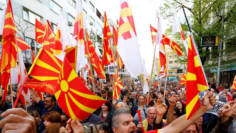 """RT-Interview mit Balkan-Experte: """"Mazedonien fürchtet sich vor Großalbanien und lehnt NATO ab"""""""