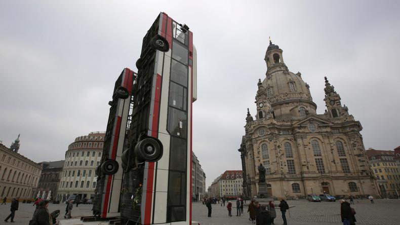 Bundeswehr übernimmt Transport der umstrittenen Dresdner Kunst-Busse nach Berlin