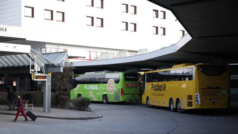 Bundespolizei kontrolliert bei Großeinsatz illegale Einreisen per Fernbus