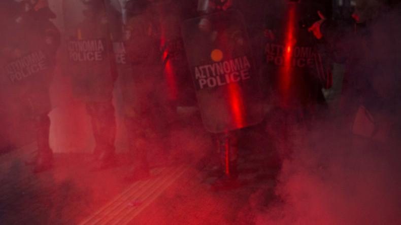 Extremisten randalieren in Athen
