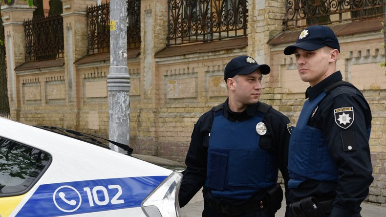 Ukrainische Nationalisten blockieren Russlands Vertretung in Kiew