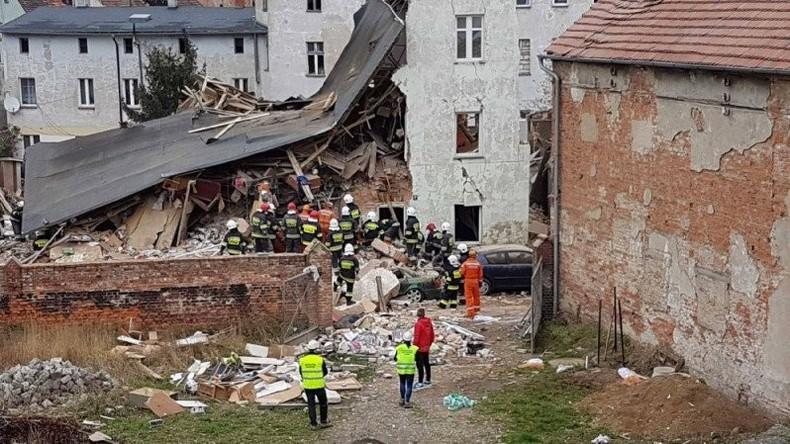 Mindestens zwei Menschen sterben bei Hauseinsturz in Polen