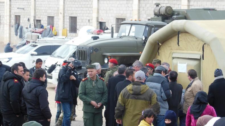 Russische Militärs verteilen unter Syrern über fünf Tonnen humanitäre Hilfe