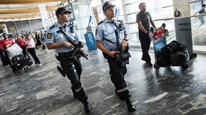 """Teenager nach Bombenfund in Oslo in Untersuchungshaft, Anwältin erklärt Tat mit """"Dummejungenstreich"""""""