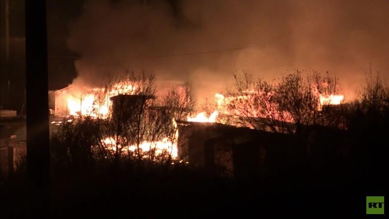 Frankreich: Feuer im Flüchtlingslager Grande-Synthe nach Kampf zwischen Kurden und Afghanen