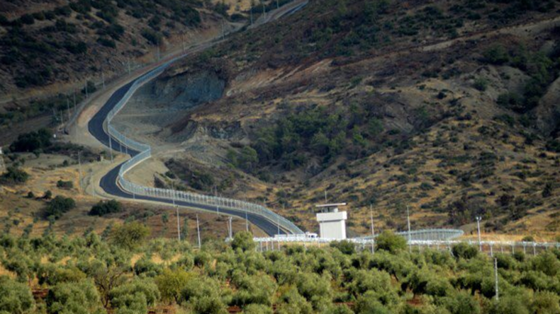Bereits über 550 Kilometer Betonmauer an türkisch-syrischer Grenze errichtet