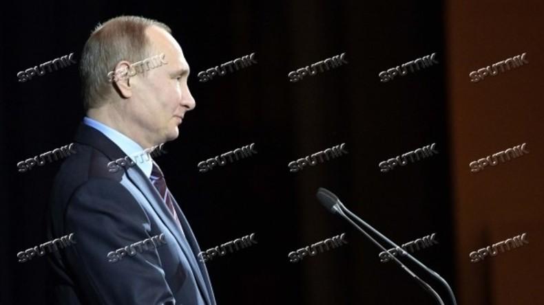 Putin zum russischen Tag der Kosmonauten: Russland muss sein Weltraumpotential entwickeln