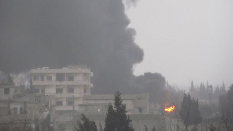 US-Koalition greift C-Waffen-Lager des IS in Deir ez-Zor aus der Luft an - Hunderte Tote