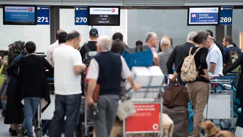 Etwa 100 Deutsche seit Anfang 2017 an Einreise in die Türkei gehindert