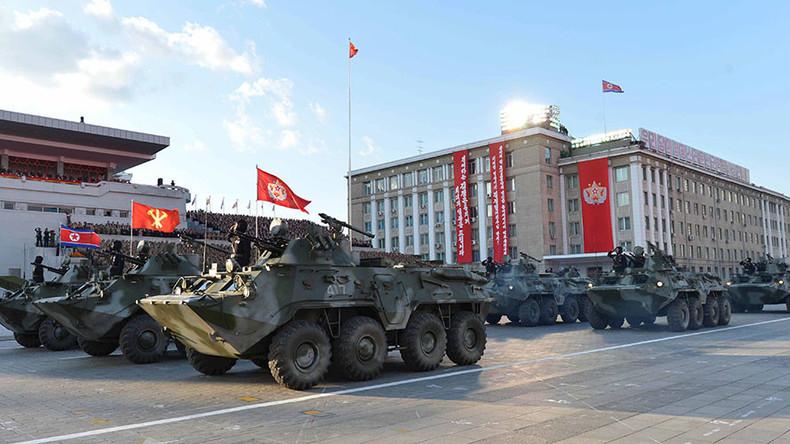 """Nordkorea protzt mit neuen Raketen und warnt USA vor """"militärischer Hysterie"""""""