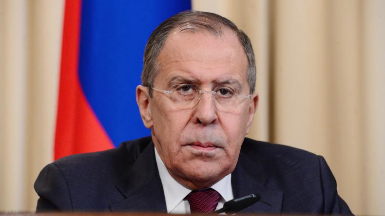 Sergei Lawrow hinterfragt Aussage von Syriens Ex-General über versteckte Giftgas-Vorräte