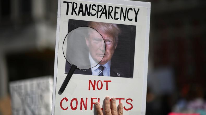 Tausende Demonstranten fordern von Donald Trump Steueroffenlegung