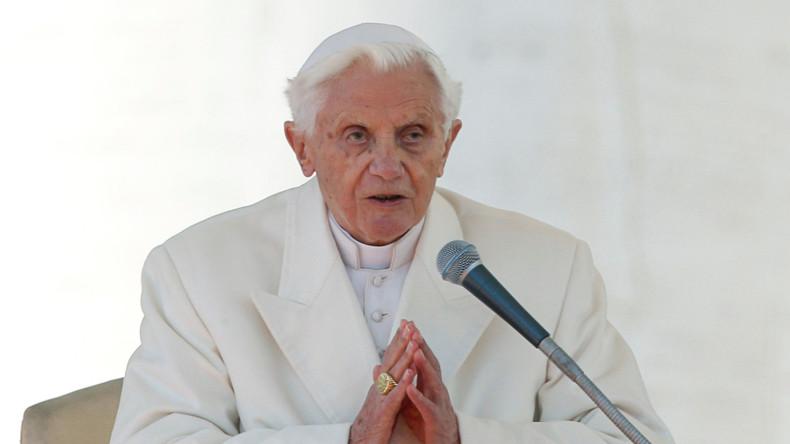 Papst Benedikt XVI. feiert 90. Geburtstag