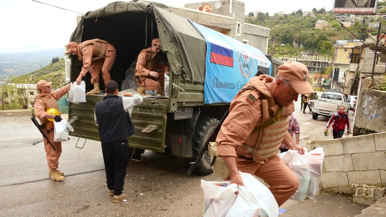 Über 3.000 Syrer bekommen Hilfsgüter von russischen Militärs